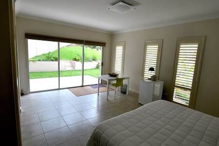 Self contained studio near Manly