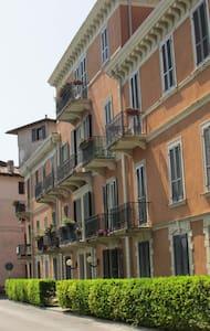 Gardasee Bogliaco Angebot... Wohnung am See - Wohnung