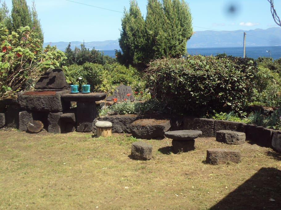 pedras para jardim aki : pedras para jardim aki:Jardim de casa – Esplanada de Pedra de Basalto