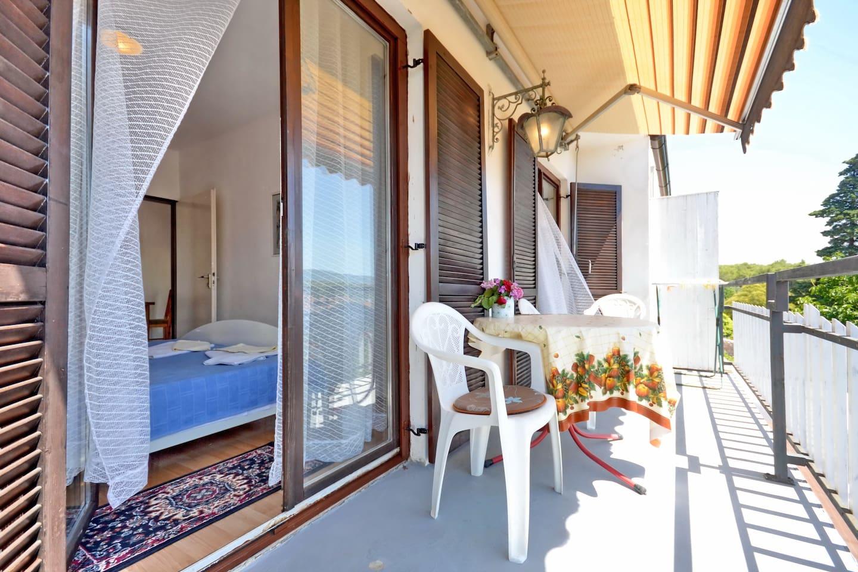 South bedroom terrace