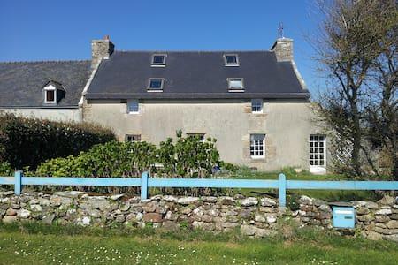 Belle maison sur l'île d'Ouessant! - Ushant - Hus