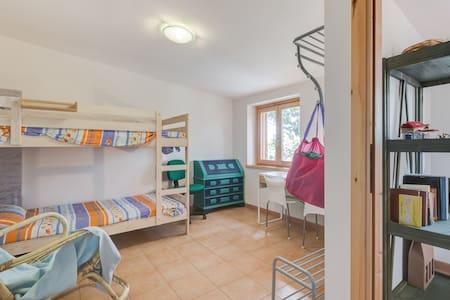 mansarda in casa bifamiliare - Appartement