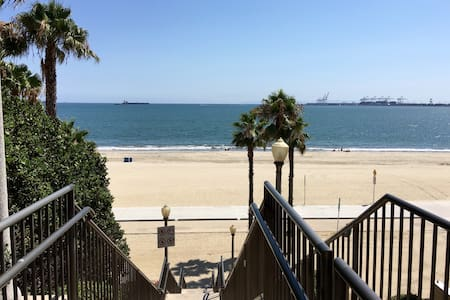 Sandy Ocean Blvd Charmer - Long Beach - Apartment
