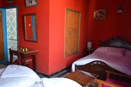 Hôtel Sahara : Three  Bed Room ( 3 Adult ) - Bed & Breakfast
