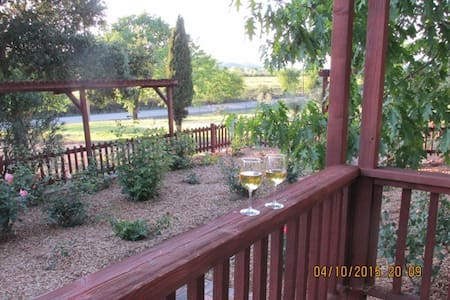 Healdsburg 4BR/3BA Vineyard Vista (Sonoma Select) - Healdsburg - House