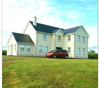 Beautiful Country House - Moyne