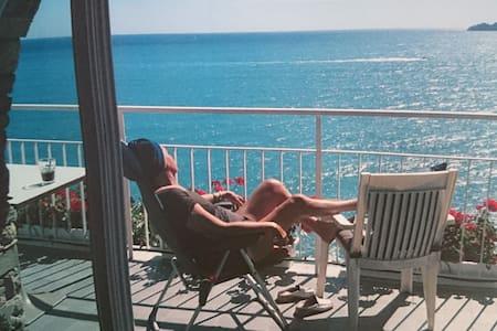 Vista mozzafiato e spiaggia privata - Zoagli - Huoneisto
