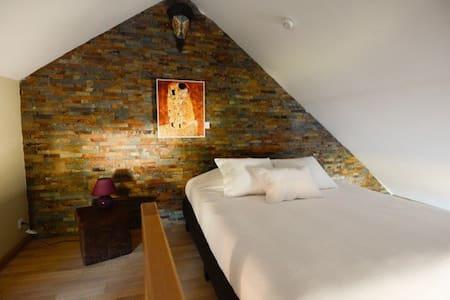 Duplex Célestite - Bed & Breakfast