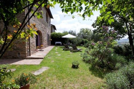 Tuscan Farmhouse near Florence view - Wohnung
