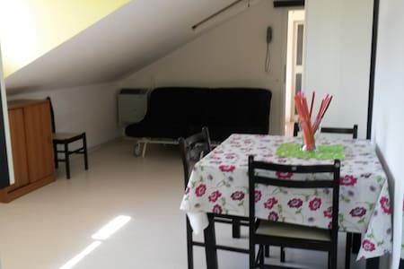 """Monolocale mansardato""""Villa Serena"""" - Lejlighed"""