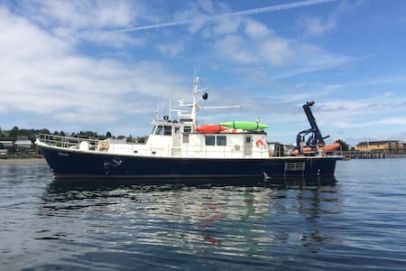 Grab a bunk on the Zephyr for the Wooden Boat Show - Port Townsend - Barca