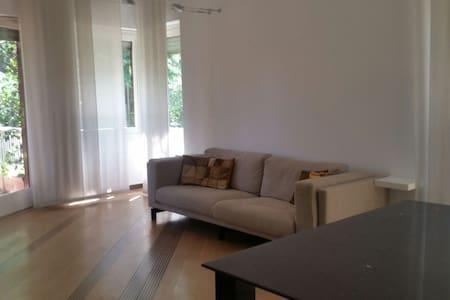 Big apartment close to Milan - Cassina De' Pecchi - Flat