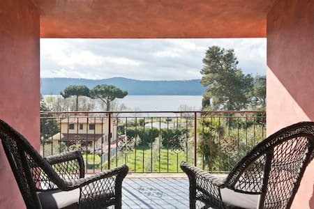 Double room with lake view - Castel Gandolfo