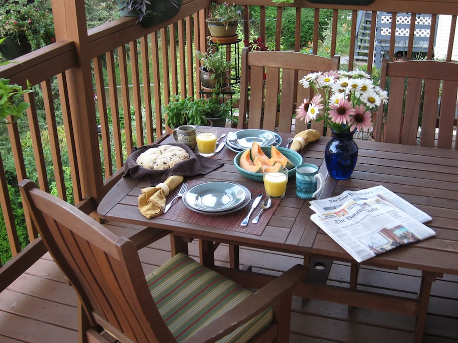 Eat in the kitchen, or have breakfast on the deck .