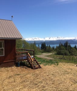 Cozy Cabin w/ Ocean & Glacier Views - Kisház