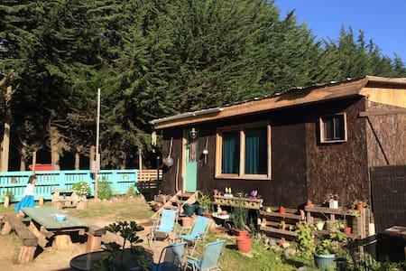 Acogedora cabaña a pasos de playa Ritoque - Casa de campo
