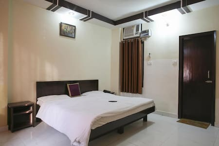 Beautiful Room for Your Comfortable stay - Haridwar - Chambres d'hôtes