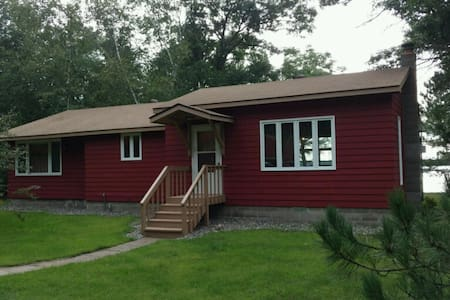 Winter Getaway with Access to Snowmobile Trails! - Crosby - Cabane