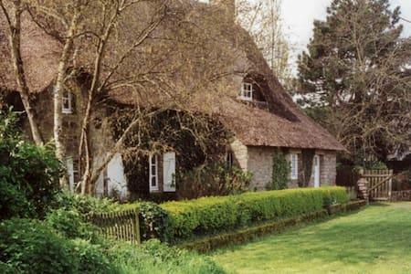 Cozy cottage in Brière Natural Park - Saint-Lyphard