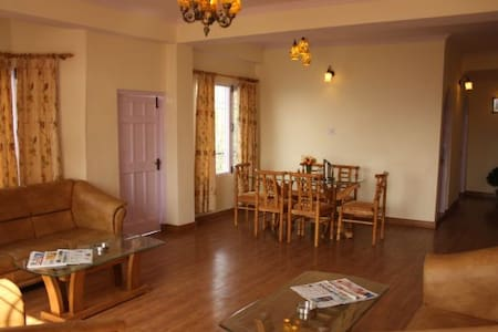 Serene| Mountain View| 3bhk Apt at quite location - Appartement