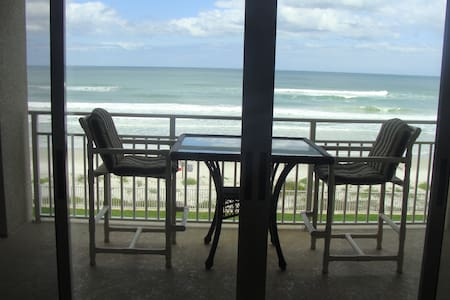 Ocean front condo. 1 week minimum. - Ponce Inlet, - Appartement
