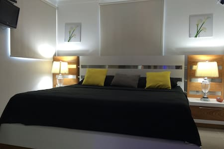 Liberty King size bed apt studio 3 - Daire