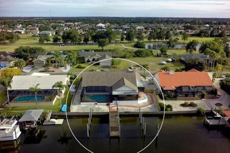 Waterfront House w Pool/Lanai - Deep Slips - Boats - Apollo Beach - House