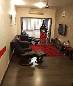 2 Bed room fully furnished Colaba - Apartment
