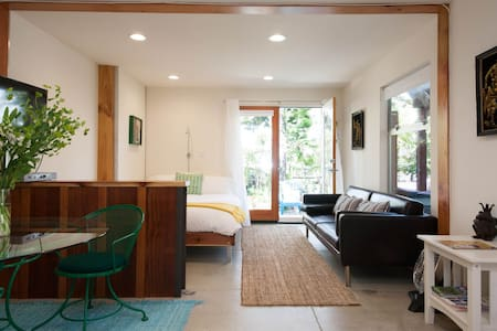 Large Centrally Located Studio