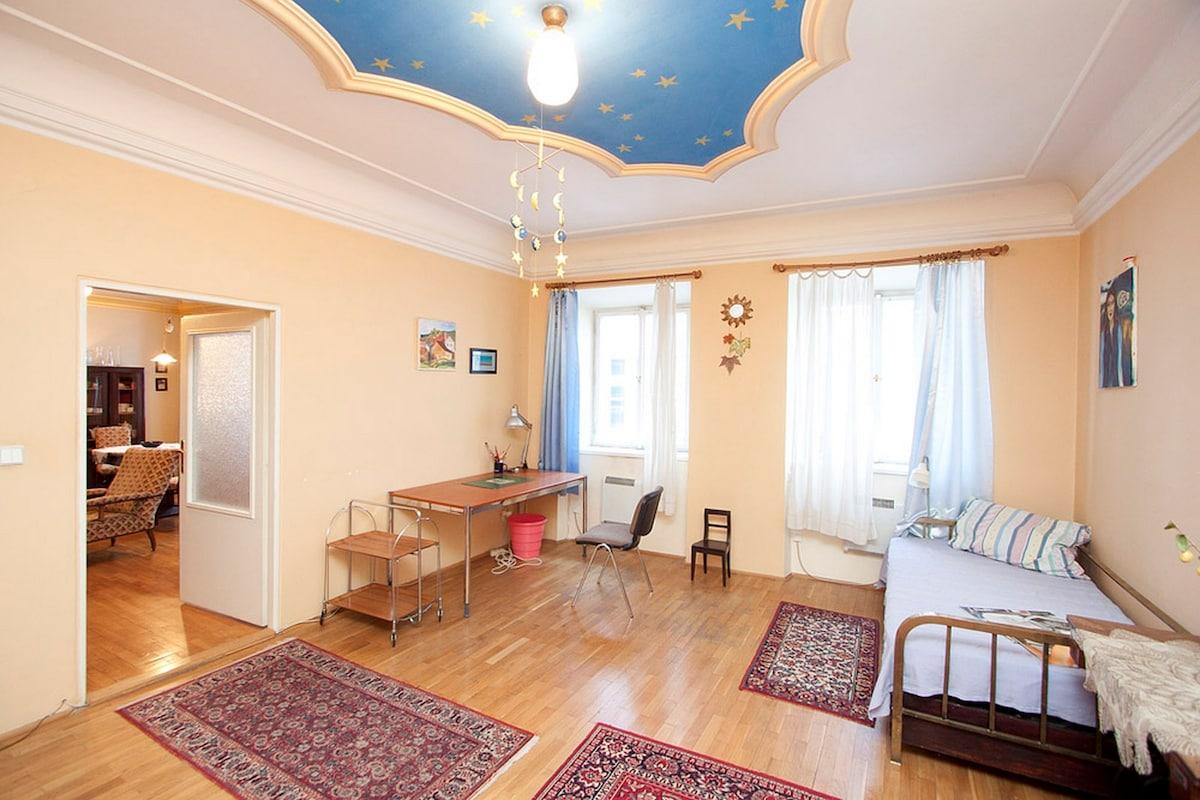 Прага купить 3х комнатную квартиру недорого черный мост