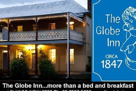 The Globe Inn Yass accommodation - Yass - Bed & Breakfast
