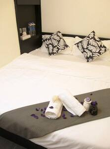 Hotel coNext (Double Bed Room)