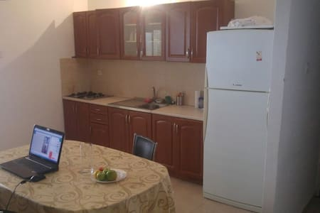 calm and Beautiful Apartment near center - Netanya - Lejlighed