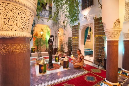 Chambre double NESRINE - Marrakech - Bed & Breakfast