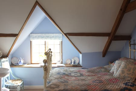 The Double Blue Room - Near Shaftesbury - Bed & Breakfast