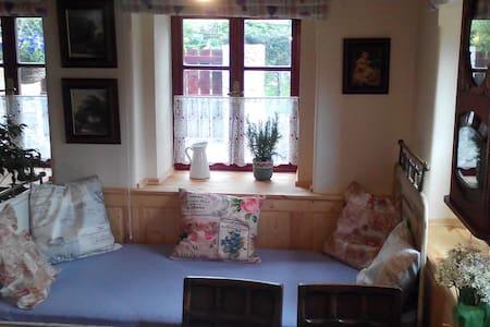 Penzion Nostalgie 1876 - VINCENT - Bed & Breakfast