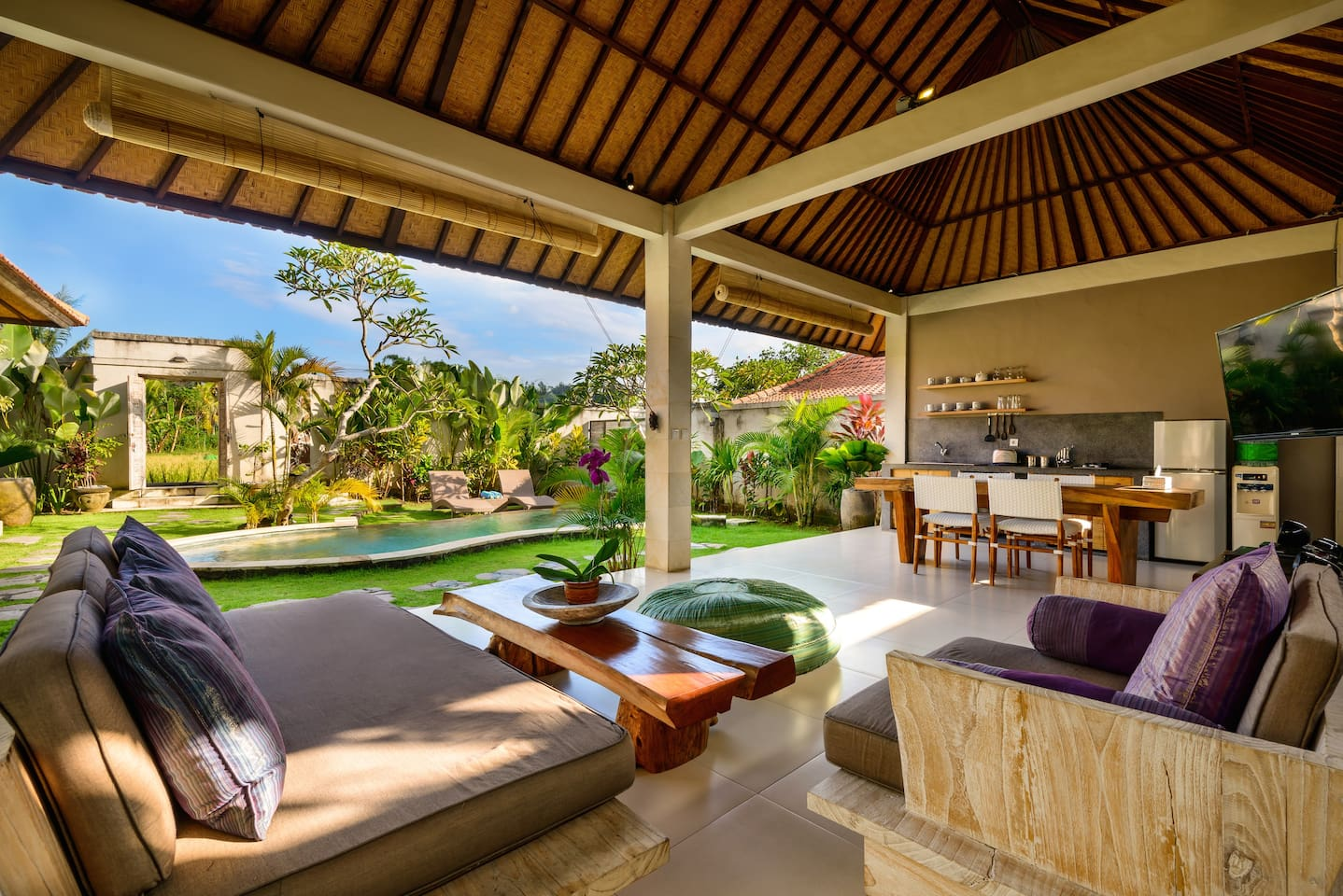 Living room and garden/pool view