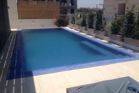New Villa  near the sea in Herzliya  Pituach !!!! - Herzliyya