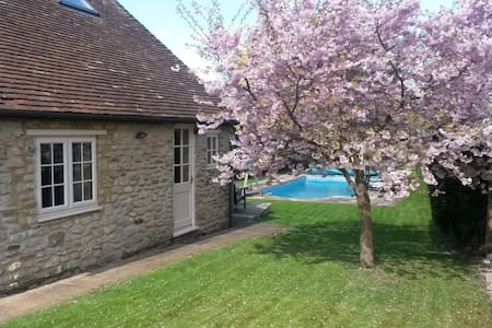 Come and stay at Blossom Cottage. - Wheatley, Oxford - Hus