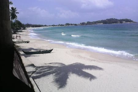Dyke Rest-Private Sea Beach Resort  - Trincomalee - Bed & Breakfast