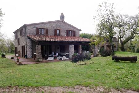 Oasi di pace in Tuscany. Ginestra - House