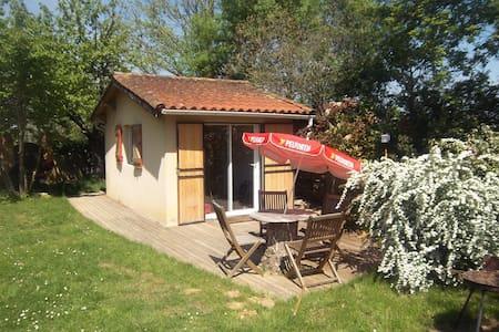 Studio 4p terrasse piscine et jeux - Haus