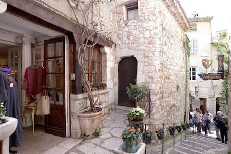 Maison pittoresque St Paul de Vence