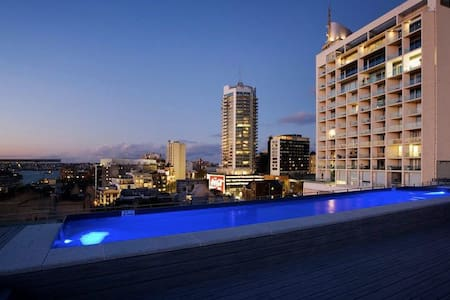 the westbury boutique apartment with rooftop pool darlinghurst airbnb sydney