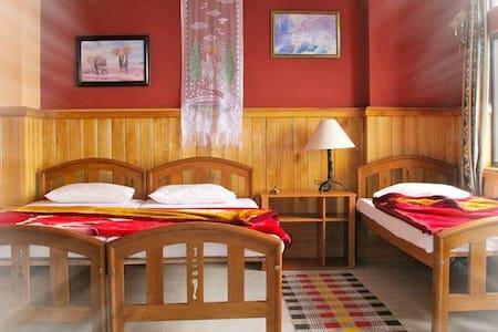 High Cliffe Hotel Hautale - Bed & Breakfast