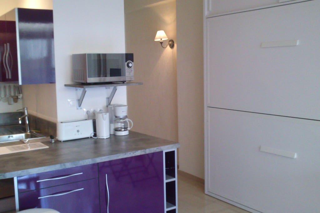 Magnifique studio en rez de plage appartements louer villeneuve loubet - Magasin meuble villeneuve loubet ...