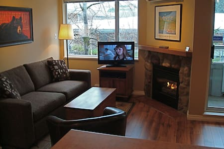 Cozy Whistler Village Studio Condo - Whistler - Appartement