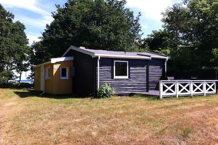 Lille sommerhus i Dokkedal - Storvorde - Treehouse