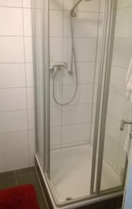 Nice and quite with own bathroom - Bremen - Apartment