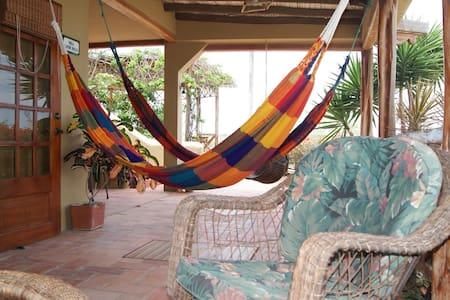 Villa Santoro. Pta Blanca - Ecuador